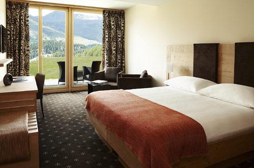 Nira Alpina Switzerland